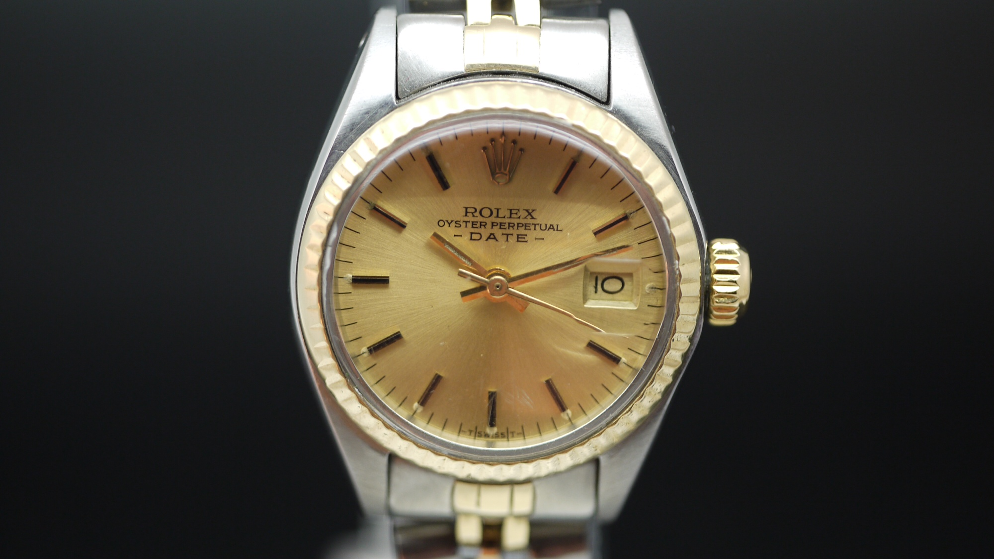 ab7aa1a2be1 Ladies Rolex Oyster Perpetual Date Ref 6917 | James Ross