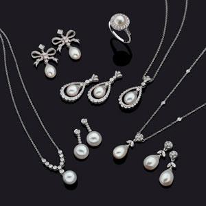 Luke Stockley fie jewellery pearls